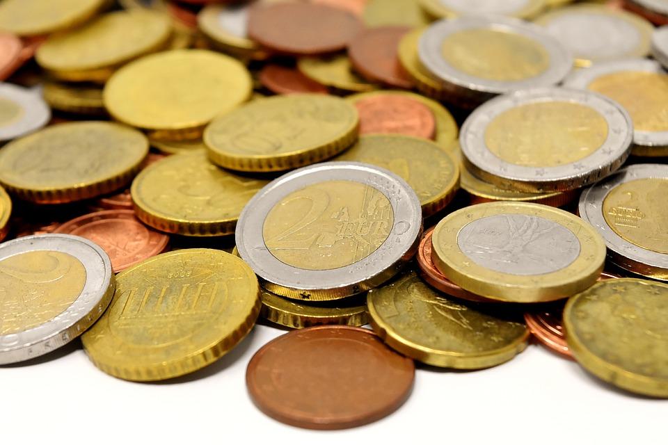 Člověk nemůže zůstat bez peněz