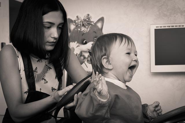 stříhání dítěte