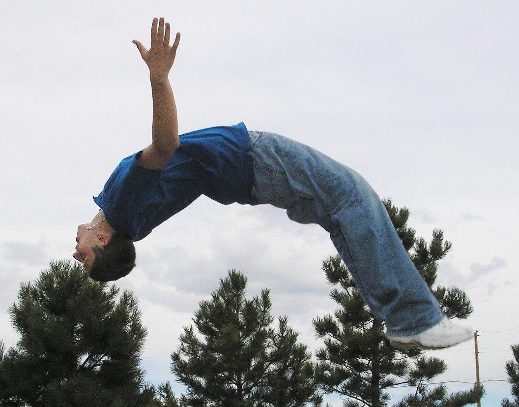 salto na trampolíně